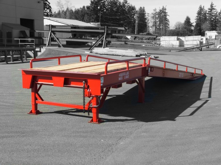 Custom loading ramp options and accessories from Dura-Ramp