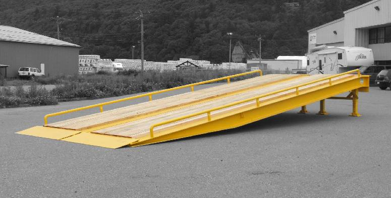 loading ramp with wood deck